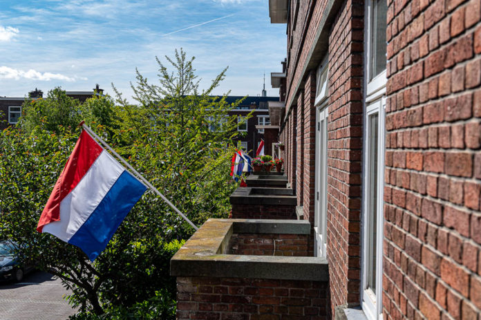 Viering met vlag