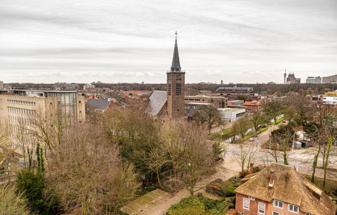Skyline Den Haag, Benoordenhout, Paschaliskerk, Rietjes, Wassenaarseweg